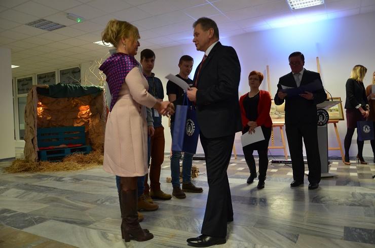 konkurs wiedzy o lotnictwie - rozdanie nagród ZSZnr1