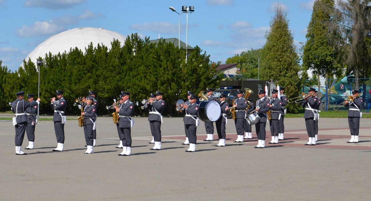 Święto Lotnictwa Dęblin Orkiestra Wojskowa w Dęblinie