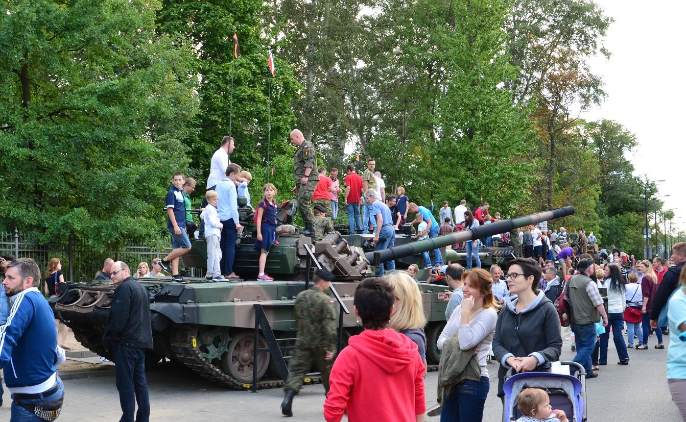 15 Sierpnia Warszawa wystawa sprzętu ciężkiego Wojska Polskiego(3)