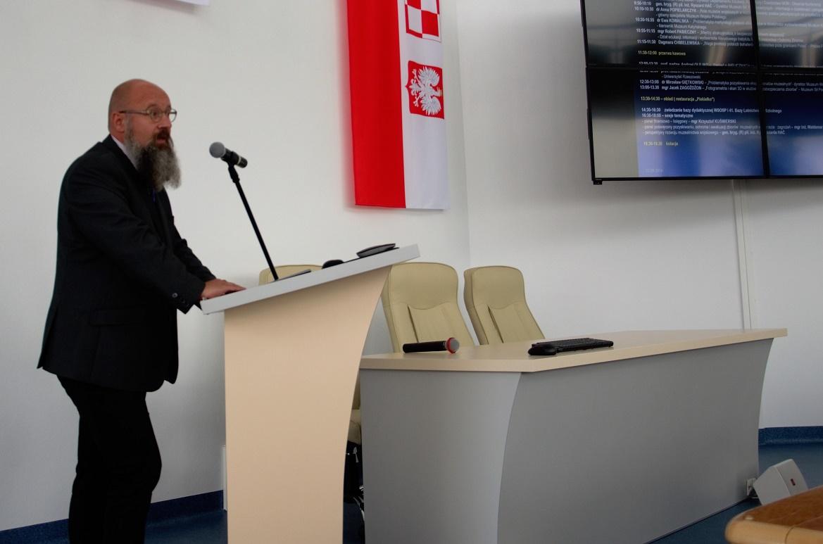 konferencja-w-muzeum-sil-powietrznych-przeszlosc-dla-terazniejszosci-robert-pasieczny_-22-09-2016