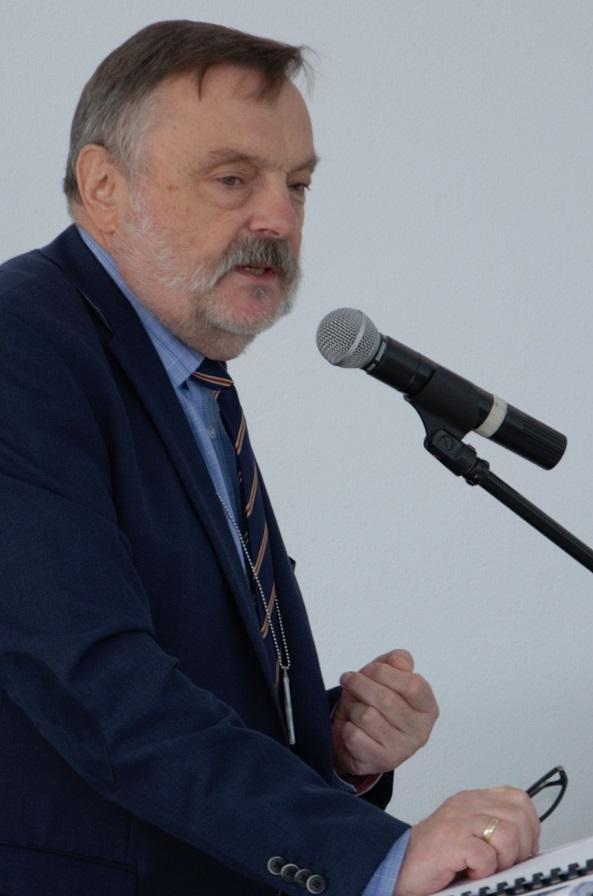 konferencja-w-muzeum-sil-powietrznych-przeszlosc-dla-terazniejszosci-otwarcie-dyrektor-departamentu-edukacji-kultury-i-dziedzictwa-mon-slawomir-fratczak-22-09-2016