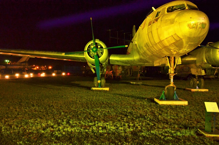 Europejska Noc Muzeów w Muzeum Sił Powietrznych w Dęblinie (3) - iluminacja