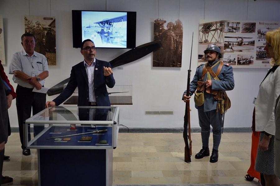 Robert Tarnowski_kurator wystawy(3)
